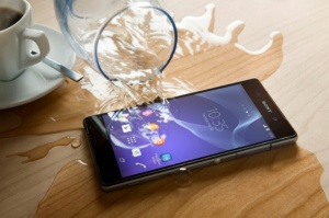 Không e ngại nước là ưu điểm nổi trội của dòng sản phẩm Xperia Z của Sony